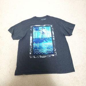 3/$10 Men's T shirt L